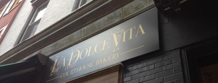 La Dolce Vita is one of Locais curtidos por Camille.
