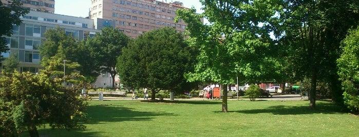 Plaza de Europa is one of Skate Spots Gijon.