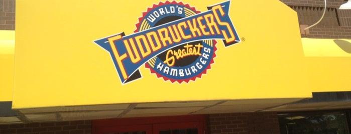Fuddruckers is one of Lugares favoritos de Stuart.