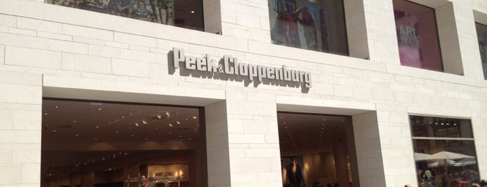 Peek & Cloppenburg is one of Tempat yang Disukai Pelin.