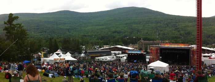 Mountain Jam is one of Summer Tour 2012.