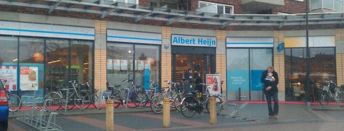 Albert Heijn is one of Winkelcentrum Twekkelerveld.