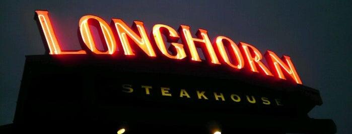 LongHorn Steakhouse is one of Shawntini 님이 좋아한 장소.