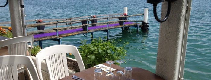 Le Lacustre is one of Foodie places in Geneva area.
