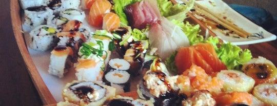 Asami Sushi is one of Tempat yang Disukai Fernando.