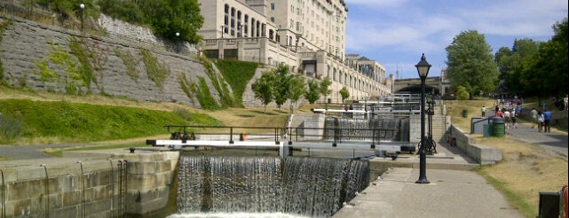 Rideau Canal is one of Ottawa Points of Interest.