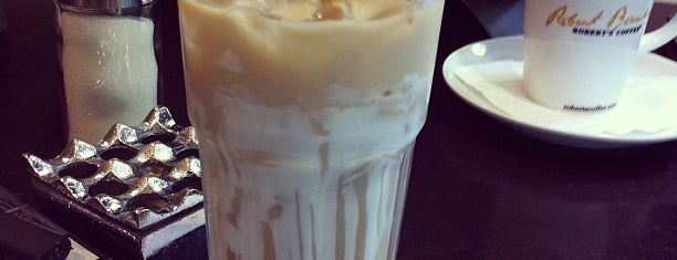 Robert's Coffee is one of Locais curtidos por Jorge.