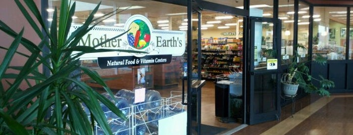 Mother Earth's Storehouse is one of Lugares favoritos de Erik.