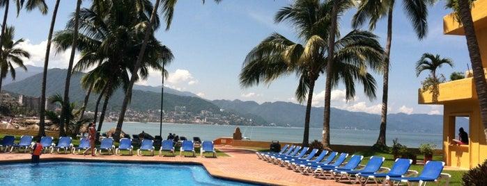 Los Tules Villas del Sol is one of สถานที่ที่ Hector ถูกใจ.