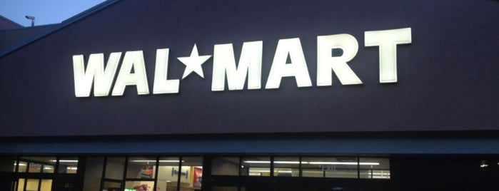 Walmart Supercenter is one of Markさんのお気に入りスポット.
