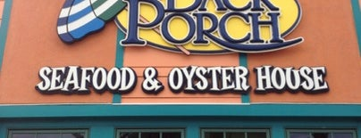 Back Porch Seafood And Oyster House is one of Locais curtidos por Lateria.