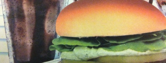 Snack Point Burger is one of The Burguer Rank: São Paulo!.