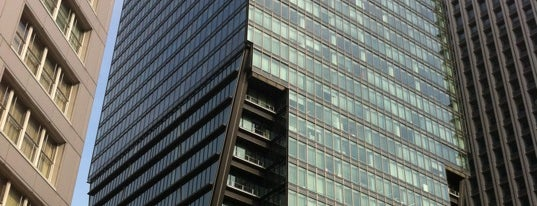 Tokyo Sankei Building is one of Tempat yang Disukai まるめん@下級底辺SOCIO.