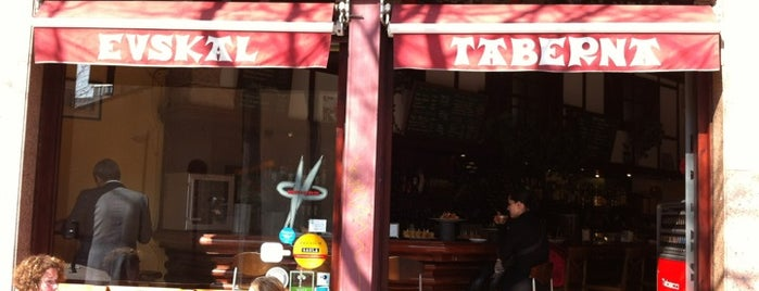 Zarautz Taberna Vasca is one of Tapeo en Barcelona.