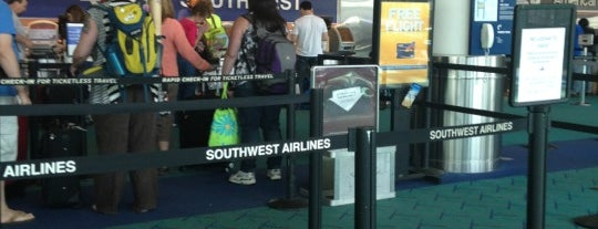 Southwest Airlines Ticket Counter is one of Sarah 님이 좋아한 장소.