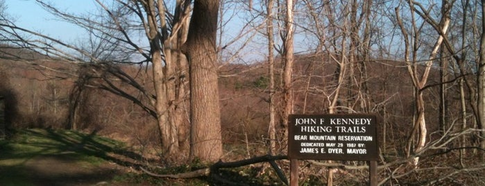 Bear Mountain Reservation is one of Candlewood.