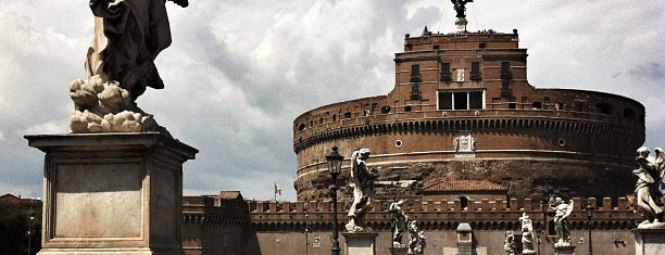 Ponte Sant'Angelo is one of When in Rome....