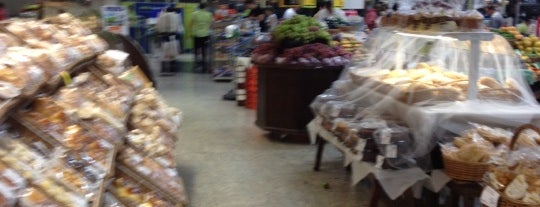 Carrefour Bairro is one of ....