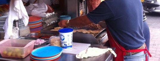 "Huaraches ""Mac"" Suc. Esperanza is one of desayunos."