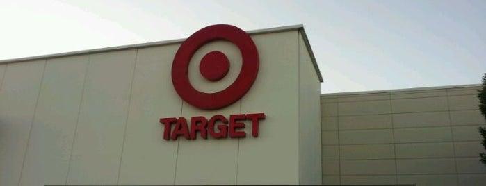 Target is one of Locais curtidos por Diane.