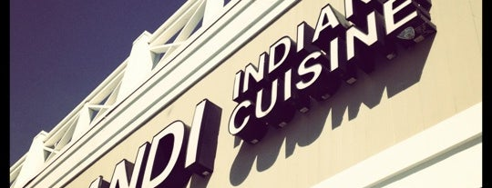 Haandi Fine Indian Cuisine is one of Posti che sono piaciuti a Chriss.
