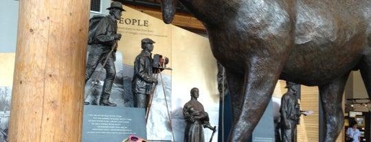 Craig Thomas Discovery & Visitor Center is one of Lugares favoritos de John.