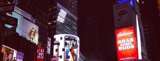 タイムズスクエア is one of A Trip to New York.