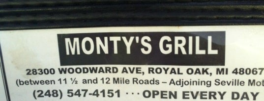Monty's Grill is one of Lugares favoritos de Shelly.