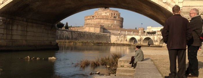 Lungotevere Gianicolense is one of cose manco a roma!.