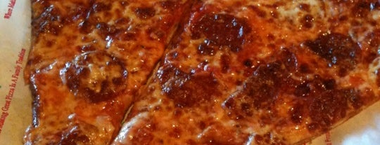 Venezia's Pizzeria is one of Phoenix to-do list.