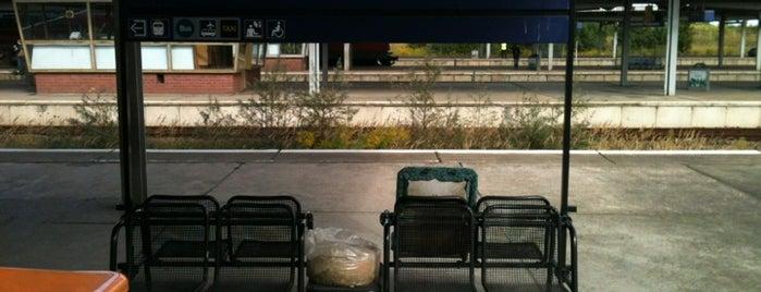 Bahnhof Flughafen BER - Terminal 5 (Schönefeld) is one of สถานที่ที่บันทึกไว้ของ Galina.