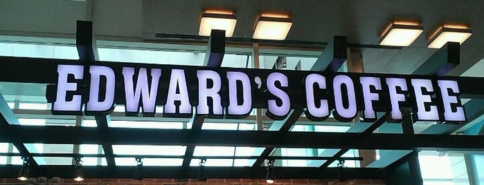 Edward's Coffee is one of Oral 님이 좋아한 장소.