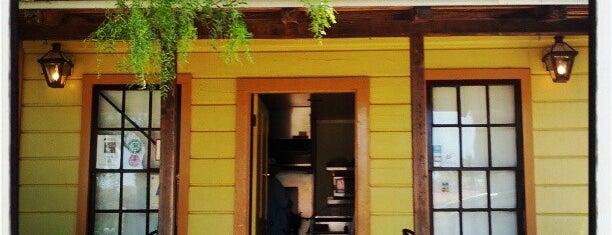 New Orleans Creole Cafe is one of สถานที่ที่บันทึกไว้ของ Alison.