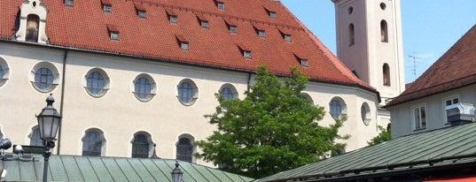 Viktualienmarkt is one of StorefrontSticker #4sqCities: Munich.
