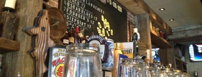 Alfie's Bar & Kitchen is one of Manhattan Bars-To-Do List.