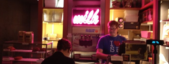 Momofuku Milk Bar is one of New York City.