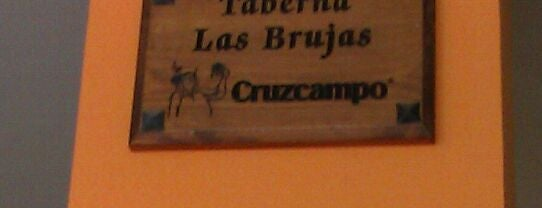 Taperia Las Brujas is one of สถานที่ที่บันทึกไว้ของ Juan.