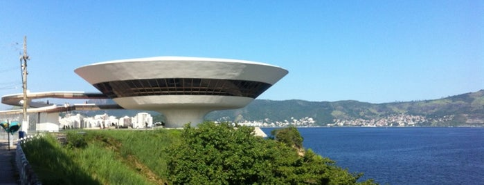 Museu de Arte Contemporânea de Niterói (MAC) is one of Tour Niemeyer.