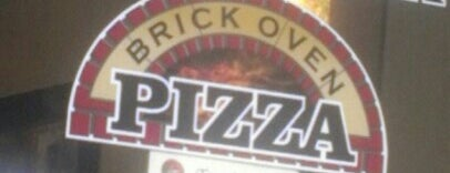 Terra Mia Brick Oven Pizza is one of Locais curtidos por Carlo.