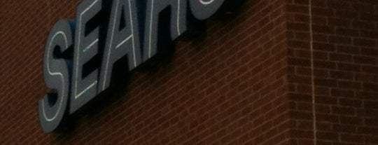 Sears is one of Lieux qui ont plu à Dawn.
