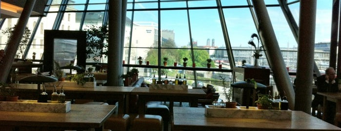 Vapiano is one of Essen gehen.