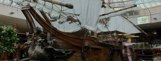 Santa Maria is one of Fake Ships (fantasy replicas).