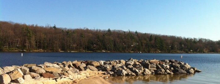 Deep Creek Lake State Park is one of Maryland Activities Bucket.