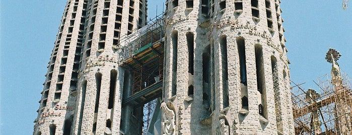 Templo Expiatorio de la Sagrada Familia is one of Lugares favoritos de Sadalmelek.