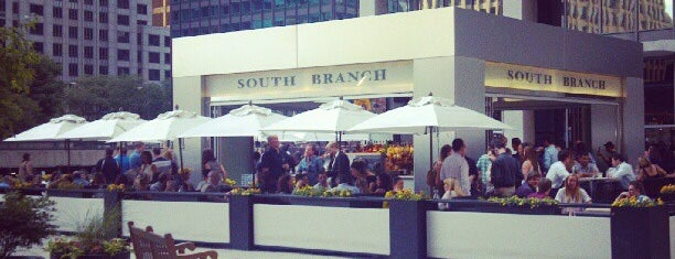 South Branch Tavern & Grille is one of Chicago Bucketlist.