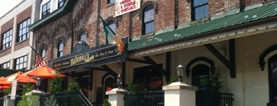 Mahoney's Irish Pub & Steak House is one of Juan Pedroさんのお気に入りスポット.