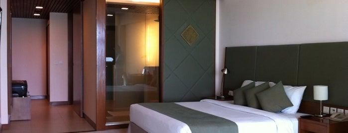 Hotel Novotel Nha Trang is one of Masahiro : понравившиеся места.