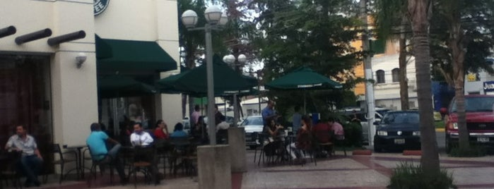 Plaza Sanzio is one of Orte, die Puffy gefallen.