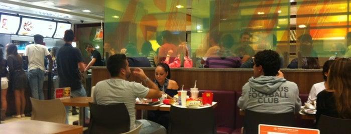 McDonald's is one of Lieux qui ont plu à Leandro.