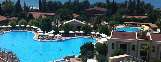 Horus Paradise Luxury Resort is one of A.Hamit'in Beğendiği Mekanlar.